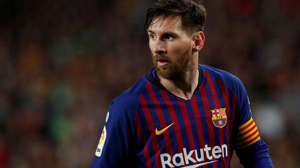 ميسي يعود لكن برشلونة يخسر على أرضه أمام بيتيس
