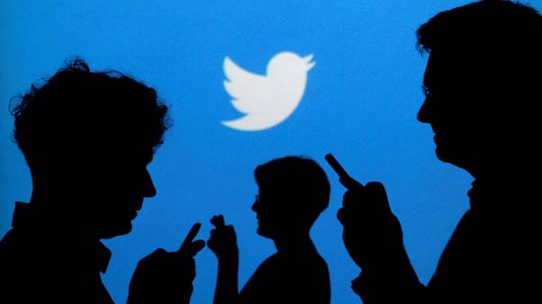 Twitter warns Pakistani rights activists over govt criticism