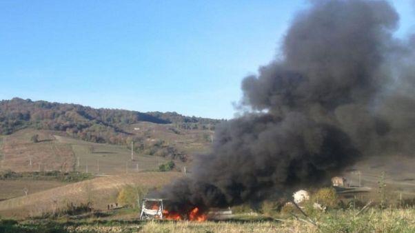 A fuoco bus con studenti, nessun ferito