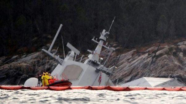 Norvège: la frégate accidentée presque entièrement immergée