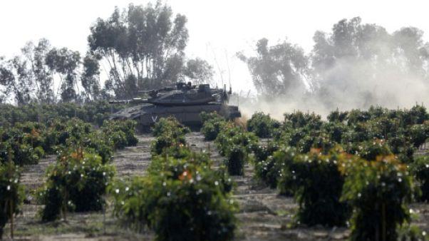 De part et d'autre de la frontière de Gaza, les habitants se préparent au pire