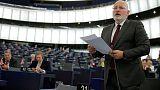 European Commission calls on Romania to halt judicial overhaul