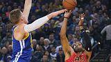 وريورز بدون جرين وكوري يهزم هوكس في دوري كرة السلة الأمريكي