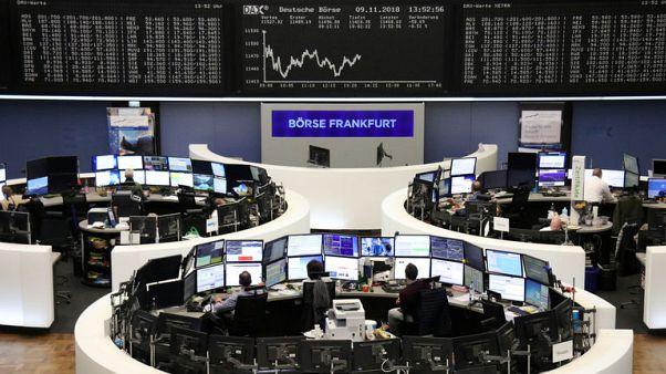أسهم أوروبا تنخفض وسط مخاوف بشأن النمو وهبوط النفط