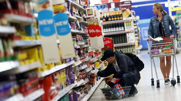 UK inflation fails to rise as expected in October