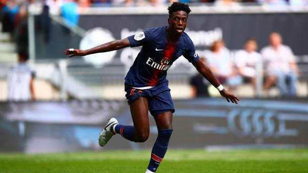 U.S. striker Weah angling for loan move away from Paris