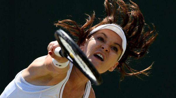 رادفانسكا المصنفة الثانية على العالم سابقا تعتزل التنس