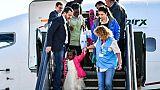 """Salvini accueille des réfugiés en personne car l'Italie reste """"généreuse"""""""