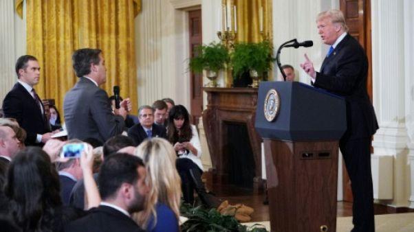 Fox News soutient CNN contre Trump, qui ne lâche rien
