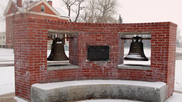 U.S. returns 'Bells of Balangiga' to Philippines a century after clash