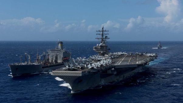 """حاملتا طائرات أمريكيتان تنفذان مناورات """"معقدة"""" في شرق آسيا"""