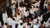 سريلانكا تتجه إلى جمود سياسي وسط فوضى برلمانية