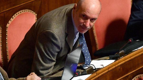 Dl Genova: De Falco fuori Aula, non vota