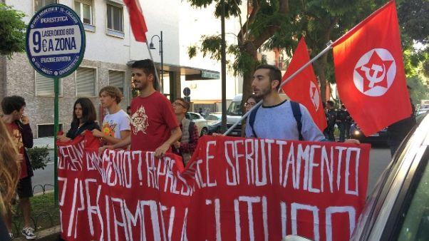 Scuola: studenti in corteo a Cagliari