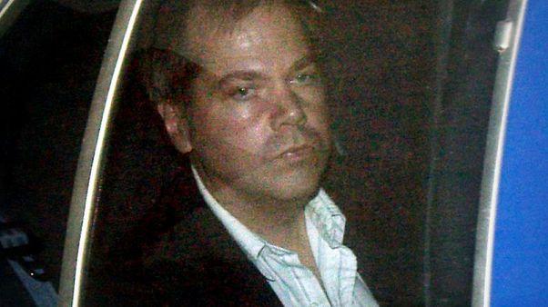 القضاء الأمريكي يخفف القيود المفروضة على هينكلي المتهم بمحاولة اغتيال ريجان