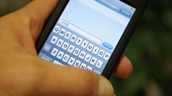 Stalking con 100 messaggi al giorno