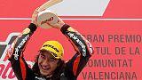 Moto3, a Valencia vince il 15enne Oncu