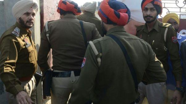 Inde: trois morts dans une attaque contre un groupe spirituel