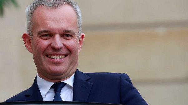 وزير: فرنسا تقلص اعتمادها على الطاقة النووية بحلول 2035