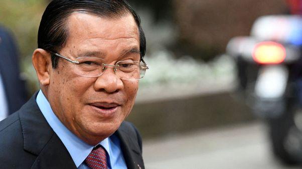 رئيس وزراء كمبوديا يقول إنه لن يسمح بإقامة قواعد عسكرية أجنبية في بلاده