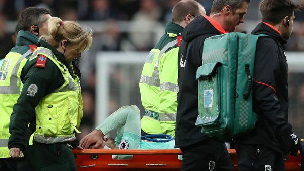 سميث لاعب بورنموث يبتعد لثلاثة أشهر بعد جراحة في الركبة