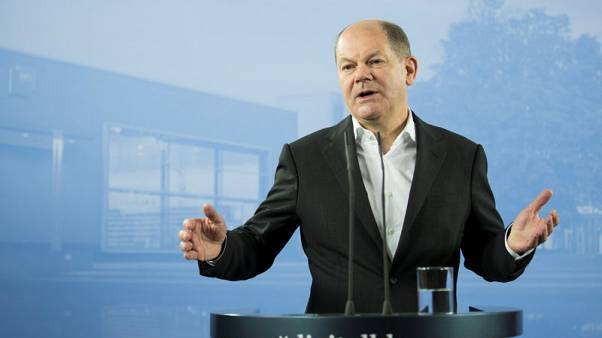 Brexit poses risk to German economy, warns Scholz