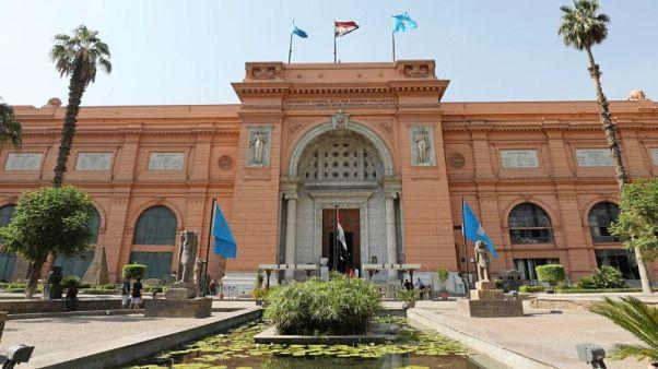 مصر تحتفي بمتحفها القديم قبل أن يخطف المتحف الكبير الأضواء