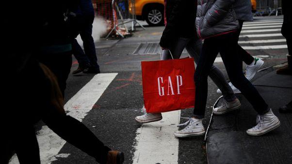 Gap comparable sales miss as namesake brand falls again
