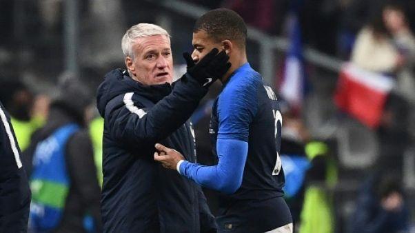 """Bleus: """"pas d'inquiétude particulière"""" pour Mbappé déclare Deschamps"""