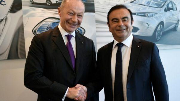 Thierry Bolloré et Carlos Ghosn, le 16 février 2018 à Boulogne-Billancourt