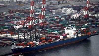 Global growth heading towards fragile soft landing - OECD