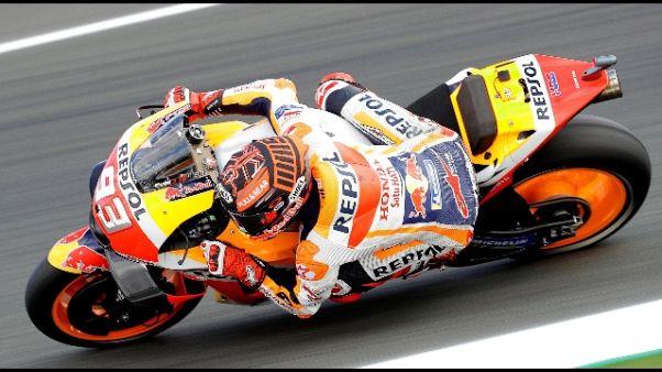 Moto: Marquez vola nei test, Rossi 10/o