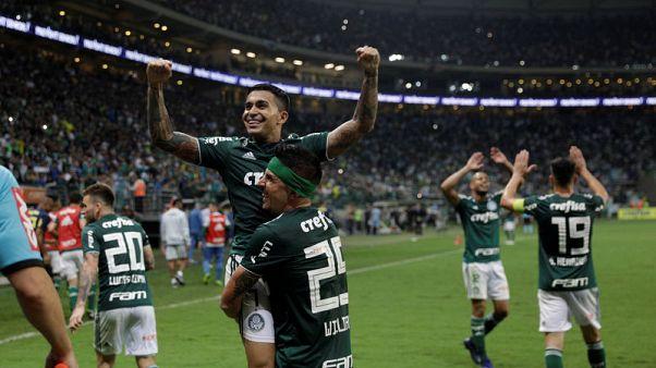 Palmeiras edge closer to Serie A title with 4-0 win