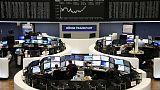 أسهم أوروبا تستأنف الانخفاض وسط أرباح دون التوقعات وهبوط بنوك إيطاليا