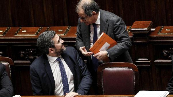 Manovra: Fraccaro, si pagano colpe Pd