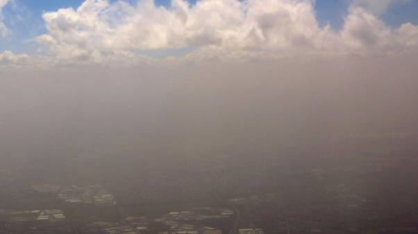 Wild winds cause air travel chaos in Australia, fan major bushfires