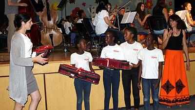 Youth Orchestras of Namibia receives instruments