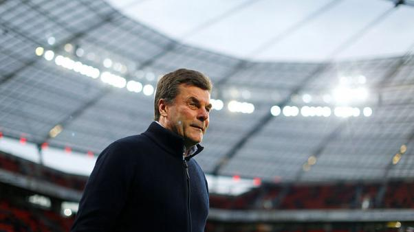 Gladbach extend coach Hecking's contract after strong start