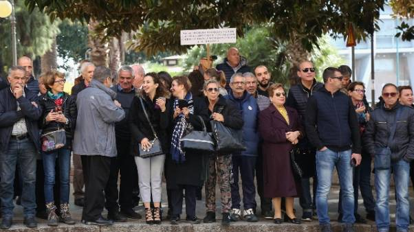 Cagliari,piccolo gruppo contesta Salvini