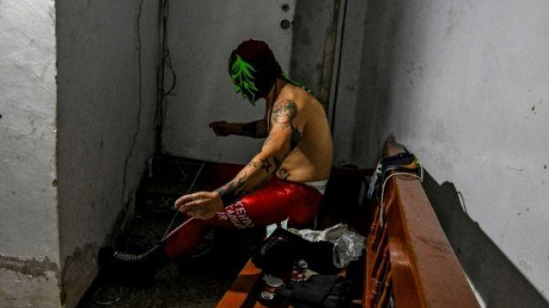 """En Colombie, des """"guerriers"""" se battent pour ressusciter le catch"""