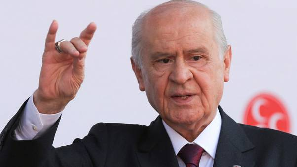 الحزب الحاكم في تركيا يحصل على دعم القوميين في انتخابات محلية