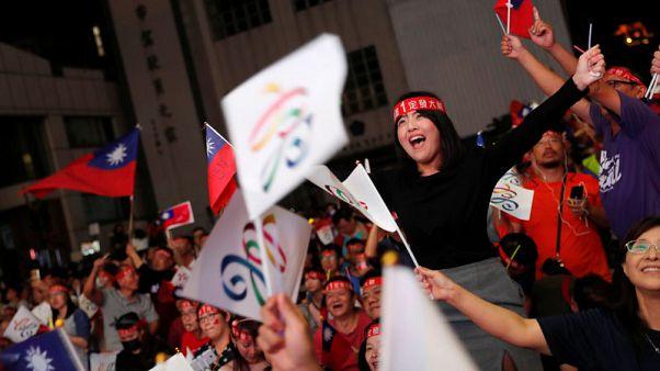 رئيسة تايوان تستقيل من رئاسة الحزب الحاكم بعد هزيمة انتخابية