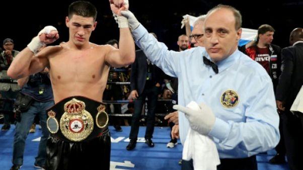 Boxe: Bivol surclasse Pascal et conserve son titre WBA des mi-lourds