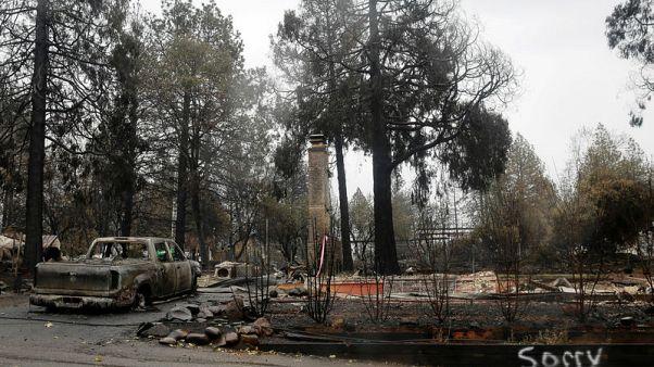 تكثيف جهود البحث عن رفات ضحايا حرائق كاليفورنيا بعد توقف المطر