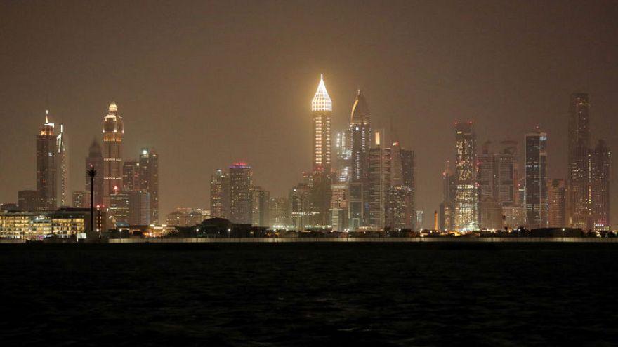 قريبا في الإمارات.. تأشيرات طويلة الأجل للأجانب والمتعلمين والأغنياء