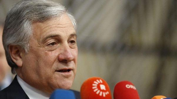 Manovra: Tajani, rischiamo arrivo Troika