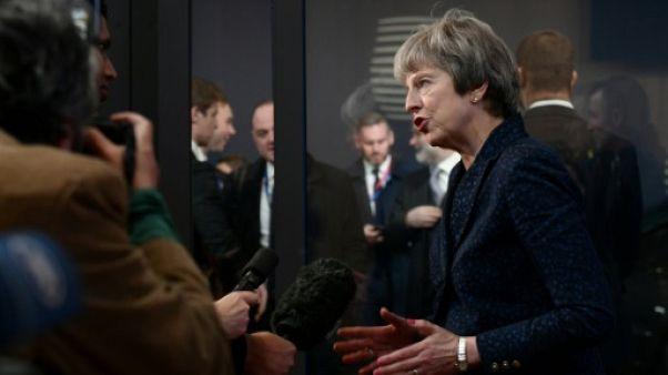 Accord sur le Brexit: la persévérance de Theresa May a payé