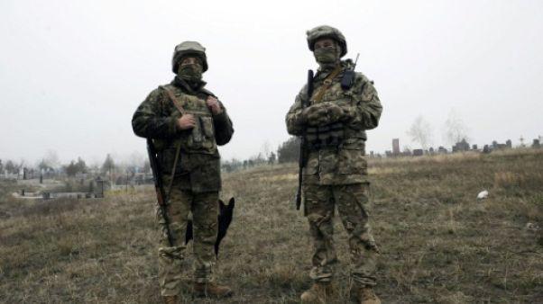 Sur la mer d'Azov, le port ukrainien de Marioupol craint une guerre avec la Russie