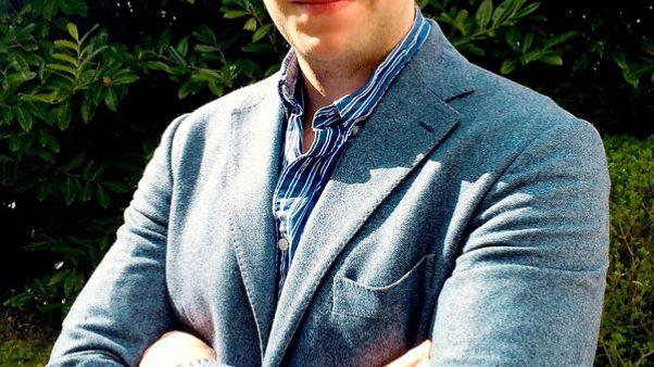 أكاديمي بريطاني يصل لندن بعد العفو عنه في الإمارات