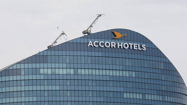 AccorHotels sticks to goals for future earnings growth